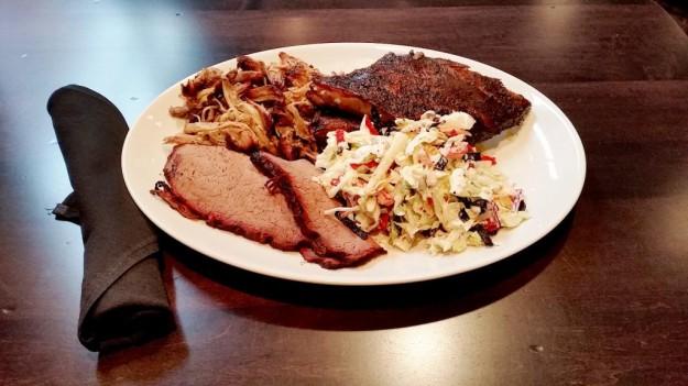 EATS-SmokeBBQ Food2