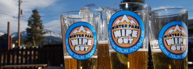 wipe_out_beer-glasses-pitcher-web