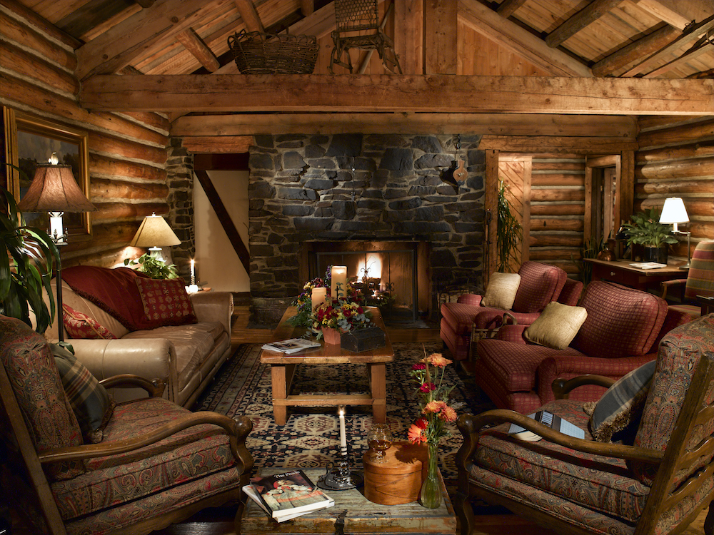 Ski Tip Bed and Breakfast hearth room in Keystone