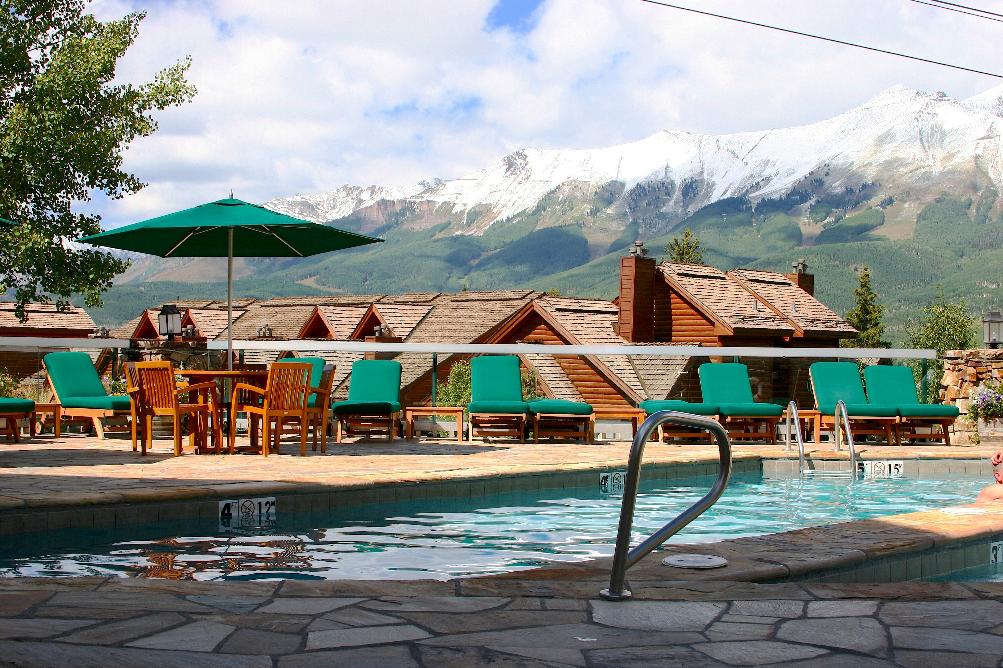 STAY – Mountain Lodge Telluride