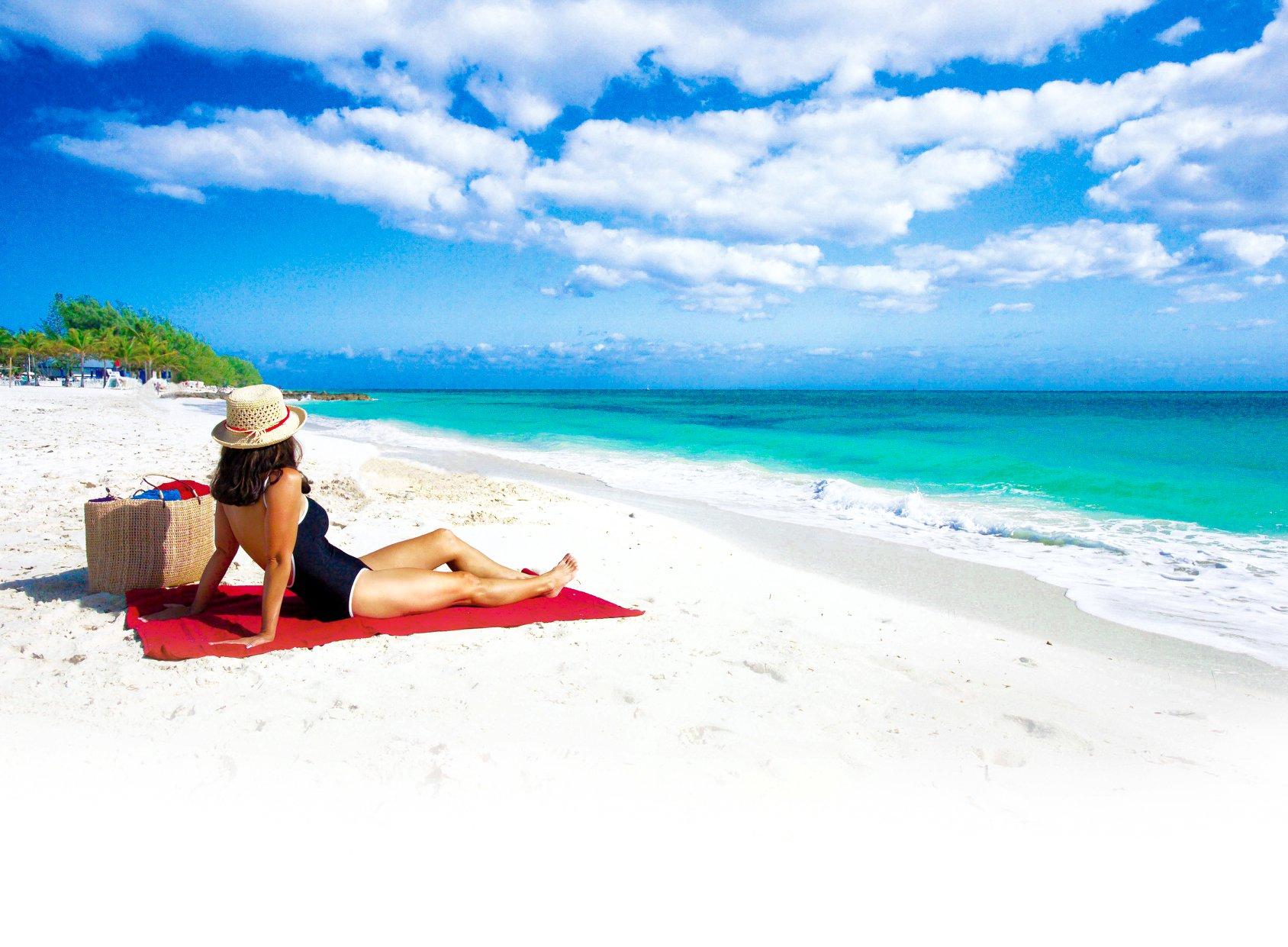 Bahamas Paradise Cruising